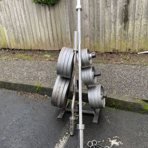 Olympic weights of 480lb& EZcurl Bar for Sale in Troutdale, OR