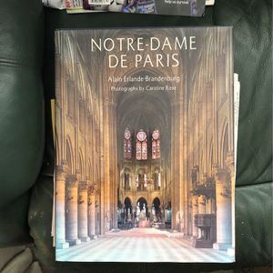 Large Table Volume Of Notre Dame De Paris for Sale in Levittown, PA