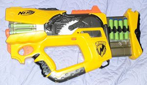 Awesome Nerf N Strike gun with darts and has Lights and sound for Sale in Albuquerque, NM