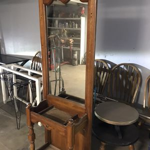 Old Wood Mirror Stand for Sale in Visalia, CA