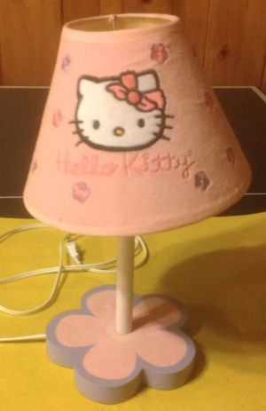 HELLO KITTY LAMP for Sale in Metuchen, NJ