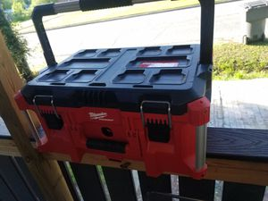 Milwaukee tool Box for Sale in Kannapolis, NC