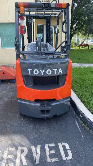 Toyota Forklift 2015 for Sale in Miami, FL