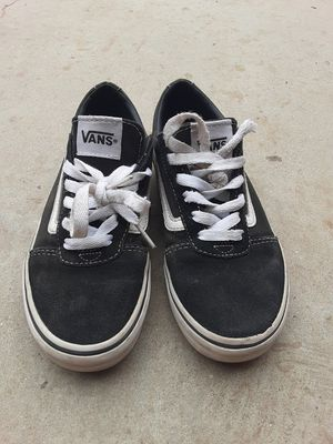 VANS SIZE 2 for Sale in Los Angeles, CA