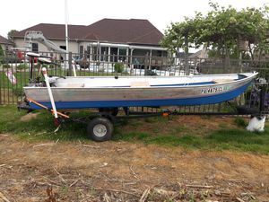 14 ft boat and trailer for Sale in Chambersburg, PA