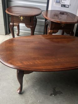 Set Of 3 Broyhill Coffee And Side Tables for Sale in Milton,  WA