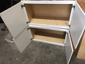 Vanitie and couple cabinets for Sale in Vancouver, WA