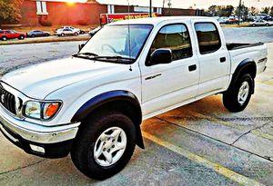ֆ14OO 4WD Toyota Tacoma Clean for Sale in Washington, DC