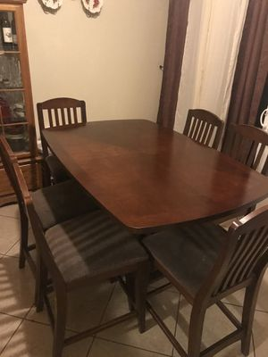 Dinning table for Sale in National City, CA