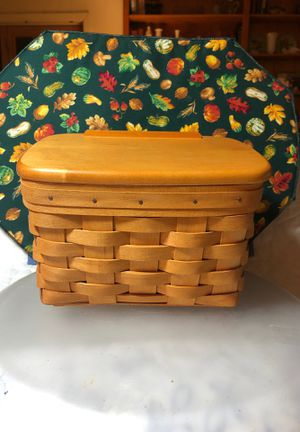 Longaberger Handwoven Basket for Sale in Texas City, TX