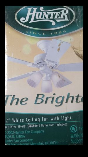 """Brand New hunter the brighton 42"""" white ceiling fans with light for Sale in Seattle, WA"""