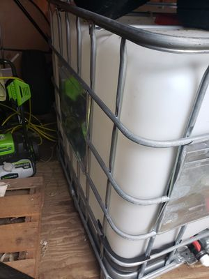 300 gallon water tank for Sale in Chesapeake, VA