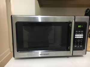 Emerson microwave for Sale in Chicago, IL