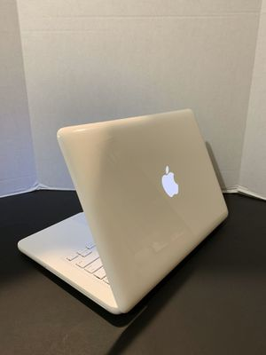 2009 Apple MacBook laptop | 13 in Display | Core 2 Duo | 320GB | macOSX Sierra | 5GB RAM | Office + Apple Charger + Battery for Sale in Miami, FL
