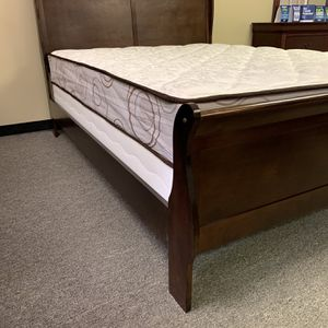 Full size cherry wood bed with mattress and free delivery for Sale in Arlington, TX