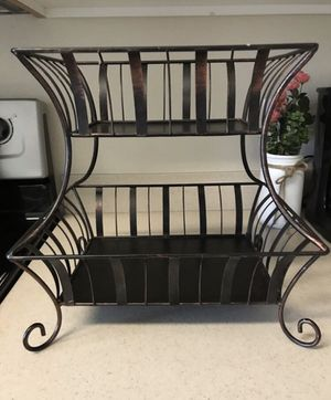 Small shelf/stand for Sale in Phoenix, AZ