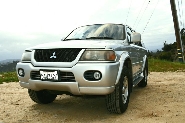 2002 Mitsubishi Montero Sport AWD 4x4