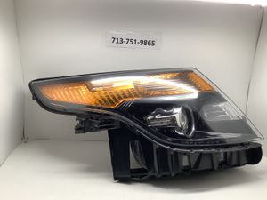 2011 2012 2013 2014 2015 Ford Explorer right headlight for Sale in Houston, TX