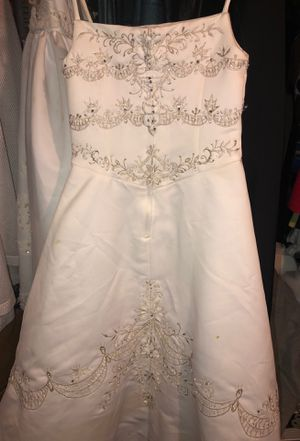 Girl's Mary's White Dress USED vestido Blanco SIZE 4 for Sale in Chicago, IL