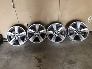 """BMW e92 stock rims 18"""" for Sale in Reedley, CA"""