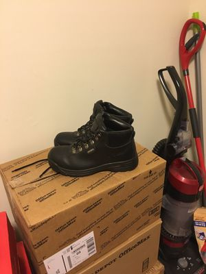 Winter Snow Boots Black Thick &Warm in Great Condition for Sale in Laurel, MD