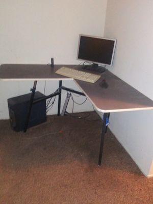 4x4 corner desk for Sale in San Diego, CA