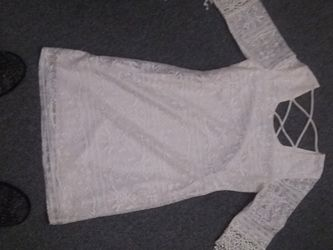 Medium Vanity White Lace Dress for Sale in Peoria,  IL