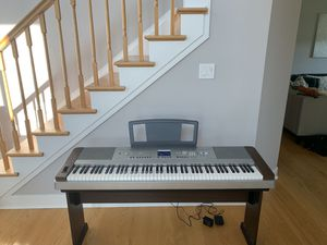 Yamaha DGX -640 Electronic Piano. for Sale in Middletown, MD