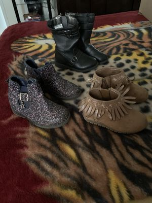 Toddler girl size 7 boots for Sale in Clayton, NC
