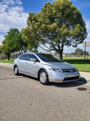 2006 honda civic hybrid. Clean title for Sale in Pomona, CA