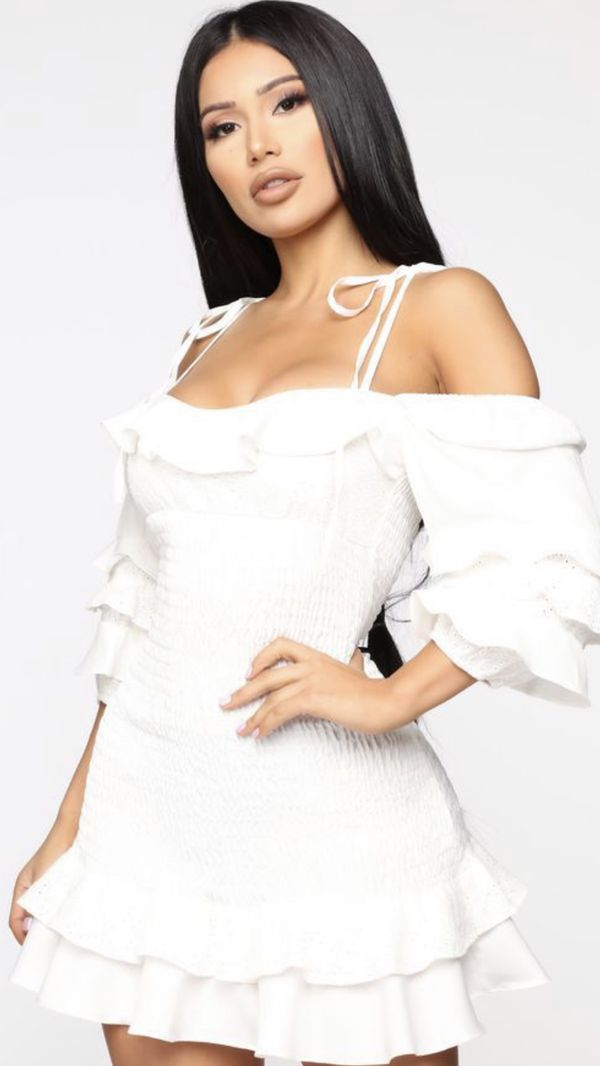 Fashion Nova White Mini Dress / Vestido