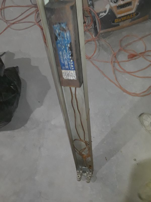 """8ft lighting fixture w/ A.C. CORD (two 93""""bulbs) Works! Local delivery ava"""
