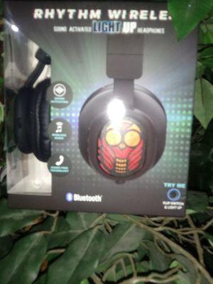 New Rhythym Wireless Sound Activated Light Up BT Earphones for Sale in Marietta, GA