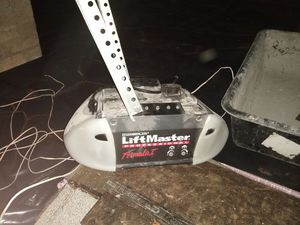 Belt Drive Liftmaster Garage door opener for Sale in Gastonia, NC