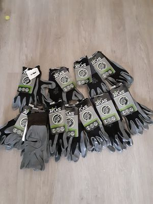 Gloves for Sale in Los Angeles, CA