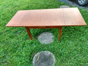 Handcrafted wooden Dining Table w Leaf for Sale in Oakland Park, FL