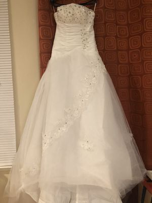 Bridal wedding dress, most of them are new, never wear for Sale in Richmond, TX