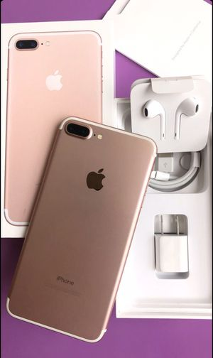 Factory Unlocked iphone 7 plus , sold with store warranty for Sale in Somerville, MA