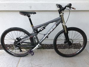 2007 Intense 5.5 EVP full Suspension mountain bike, lots of upgrades, PLEASE DO NOT MESSAGE BEFORE READING, urchased for Sale in Phoenix, AZ