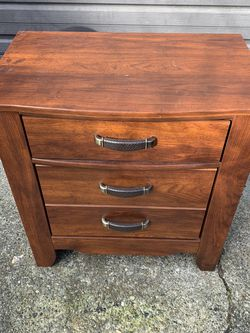 Very Good Condition Nightstand for Sale in Seattle,  WA