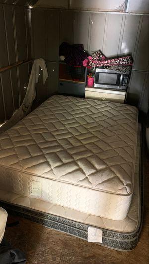 Full mattress/Queen for Sale in Benton City, WA