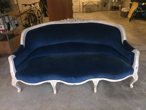 Vintage carved wood setee upholstered in blue velvet fabric! for Sale in Lake Oswego, OR