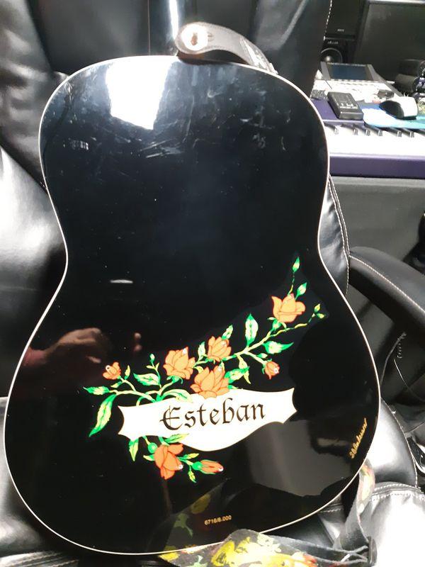 Esteban nylon acoustic-electric guitar with strap strap lock gig bag