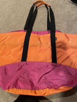 LL BEAN TOTE BAG ORNAGE AND PINK (large) for Sale in Moorestown,  NJ