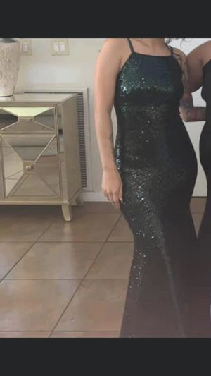 Green formal prom dress size small for Sale in Kissimmee, FL