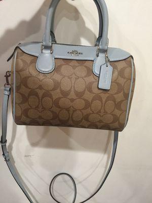 Coach mini size bag for Sale in Gardena, CA