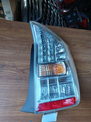 2012-2015 Toyota Prius Plug-in Rear TailLight RH Right passenger side OEM Used for Sale in Wilmington, CA