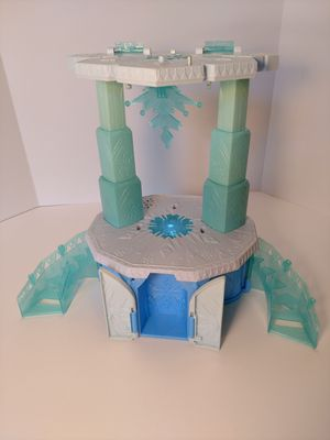 Disney Frozen Little Kingdom Rising Elsa's Magical Castle for Sale in Stone Mountain, GA