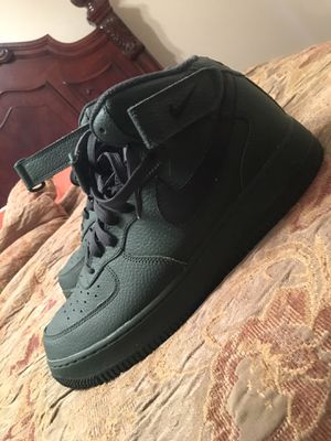 Green & Black mid top Air Force 1s for Sale in Dublin, GA