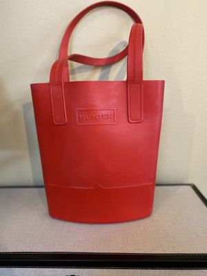 X New Red HUNTER For Target Red Rubber Large Tote Bag for Sale in Oldsmar, FL